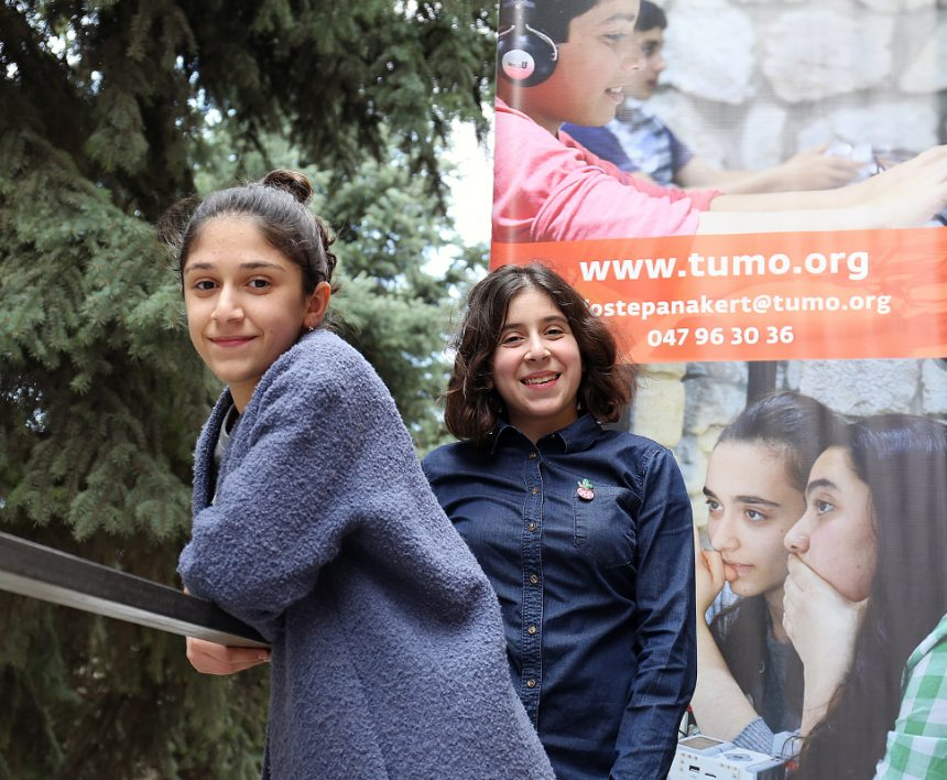 Two sisters = two TUMOians