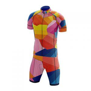 Հեծանվորդների հագուստի դիզայն Պաբլո Բենիտոյի հետ