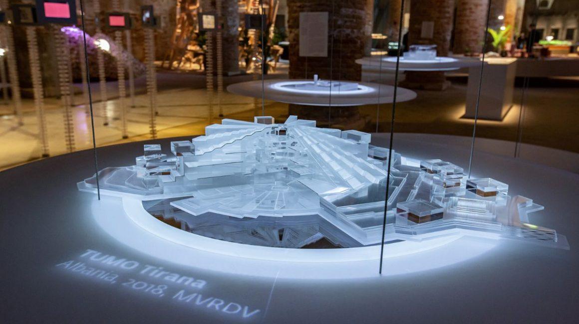 928e4acb 41e2 8d98 4148 e43fb89fc5a3 1160x650 - TUMO's Installation Presented at the Biennale Architettura 2021